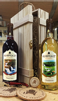 Adirondack Winery Wooden Wine Gift Box Dry Wines